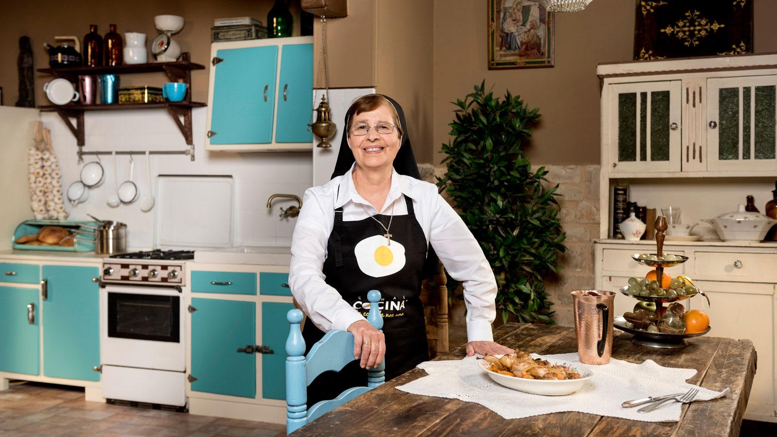 La Hermana María José Trae Sus Divinos Pucheros A Canal Cocina Noticias Canal Cocina