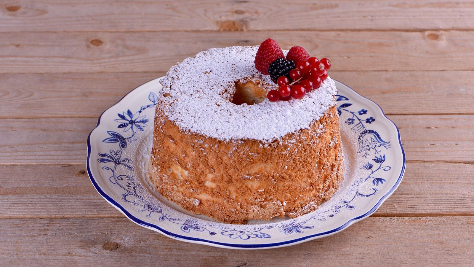 Angel food cake alma obreg n receta canal cocina for Canal cocina alma obregon