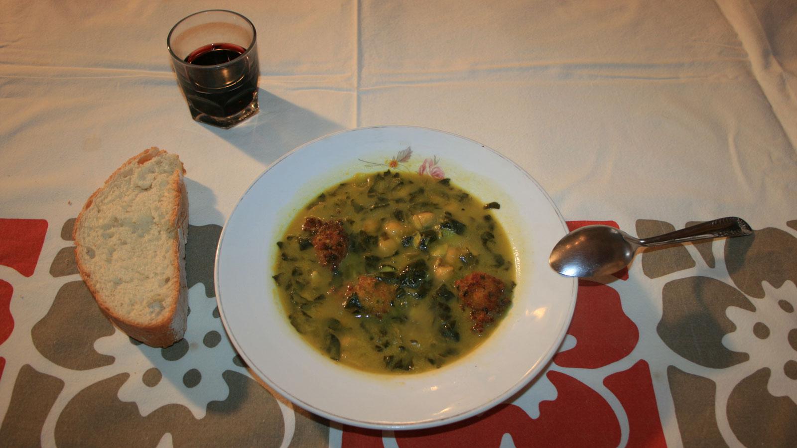 Potaje de garbanzos canal cocina receta canal cocina for Chema de isidro canal cocina