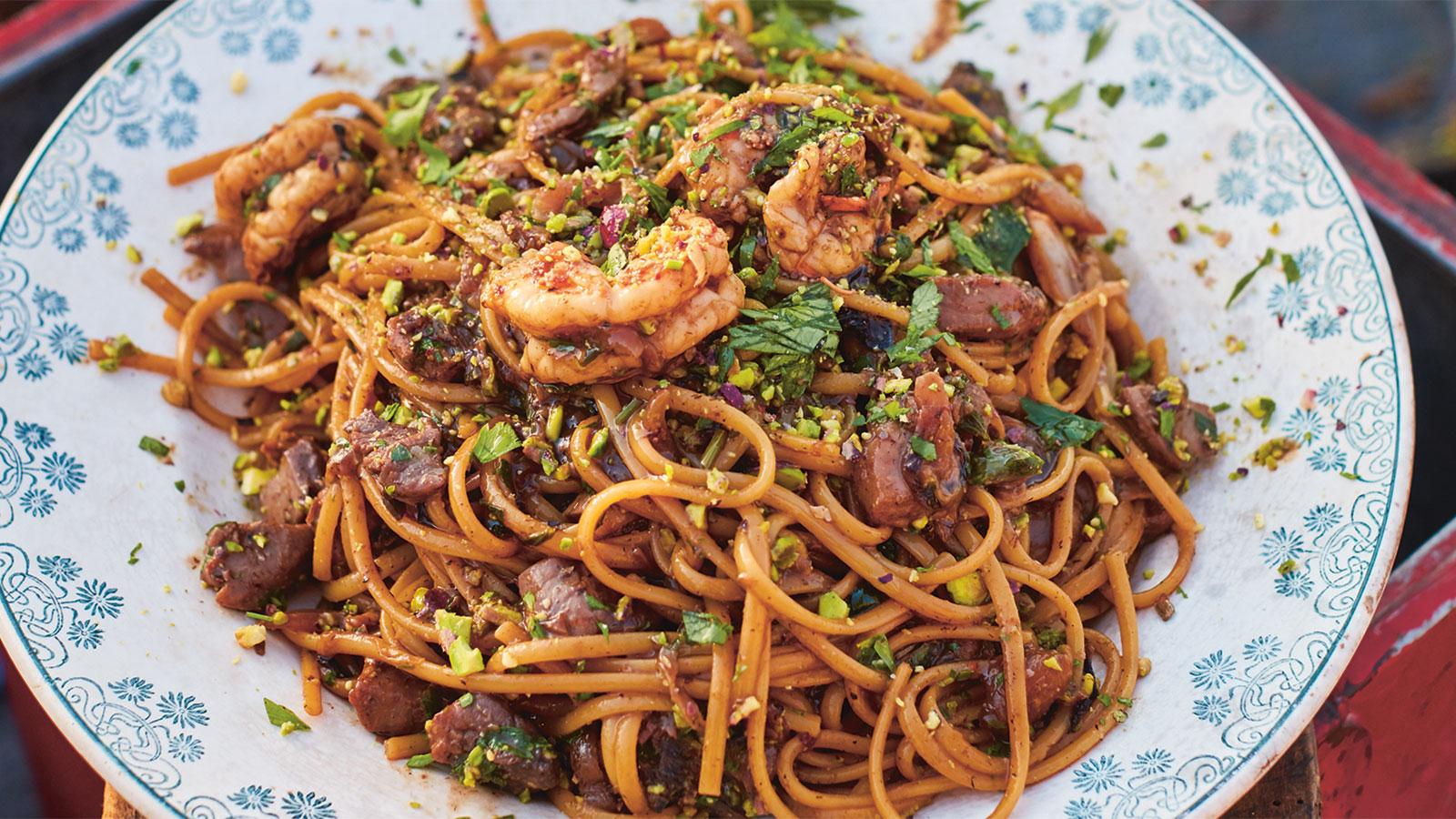 Linguine Con Gambas Y Atun Prawn Tuna Linguine Jamie Oliver Receta Canal Cocina
