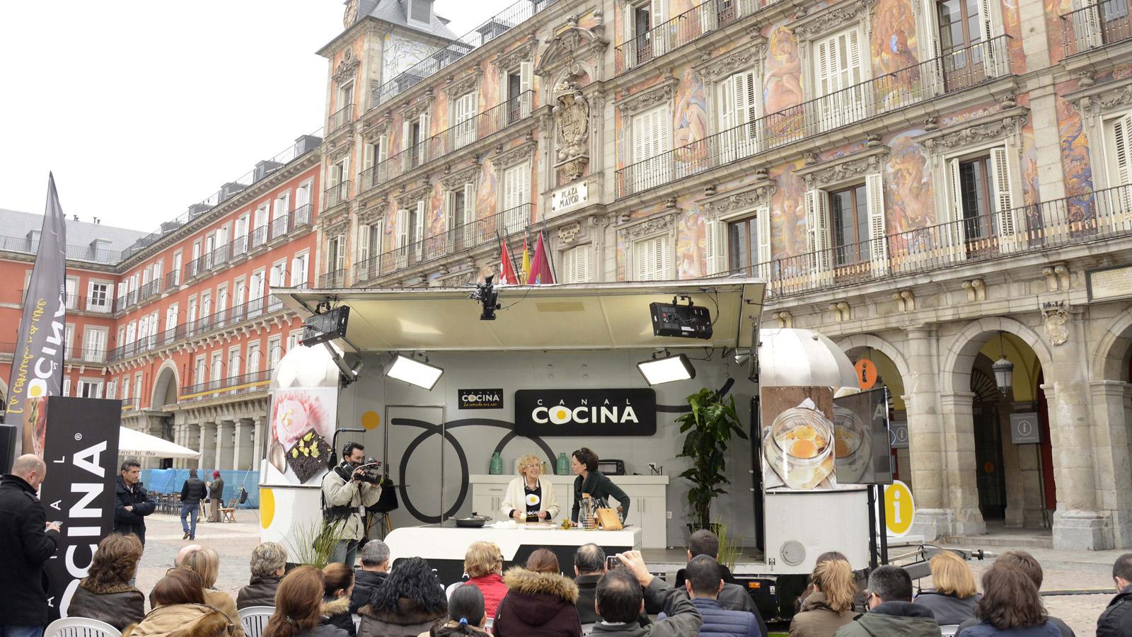 Manuela carmena alcaldesa de madrid cocina en canal for Programas de cocina en espana