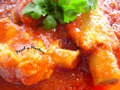 Costillas De Cerdo Con Salsa De Tomate