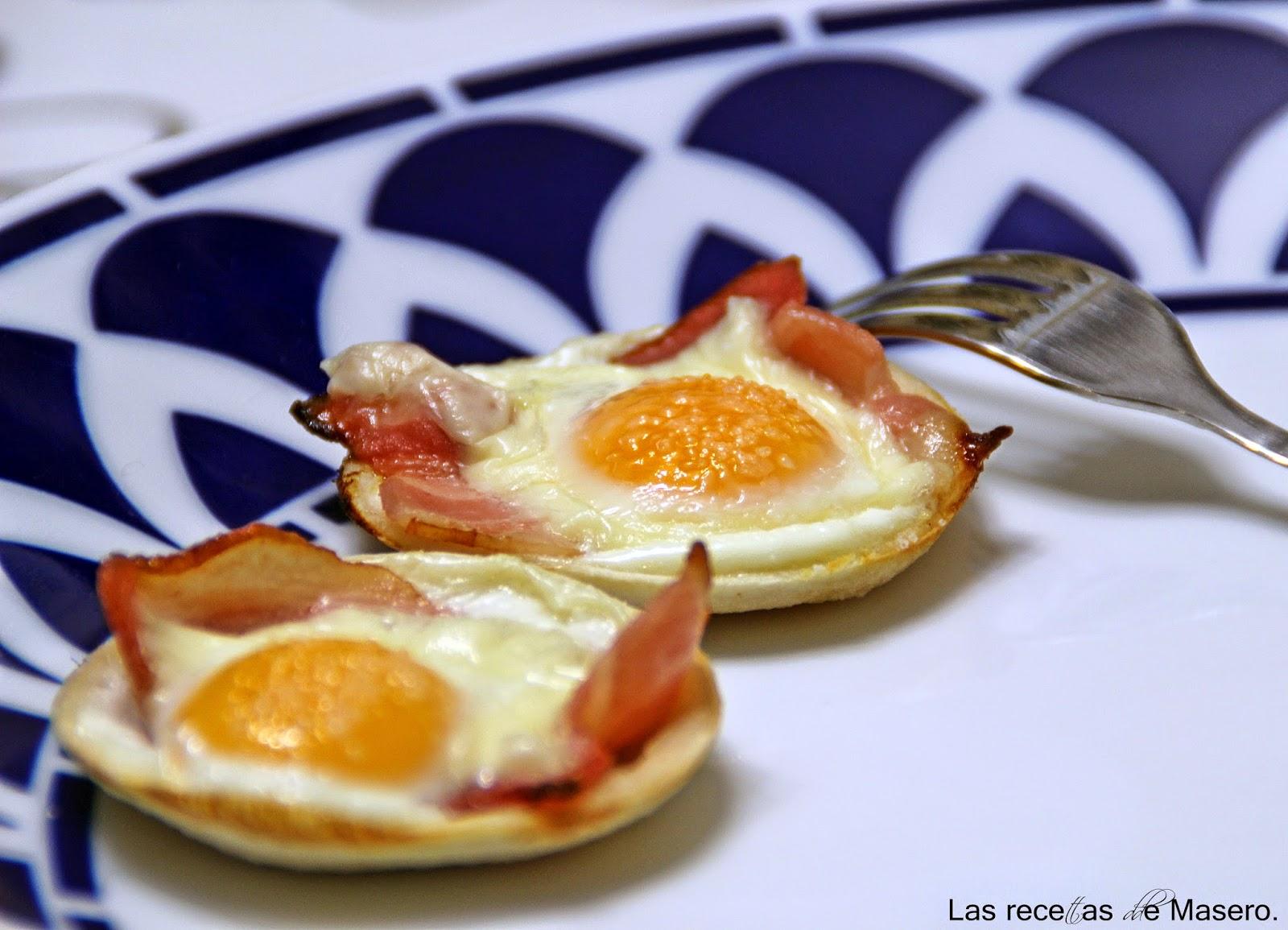 Tartaletas de pan de molde con huevo y beicon for Canal cocina tapas