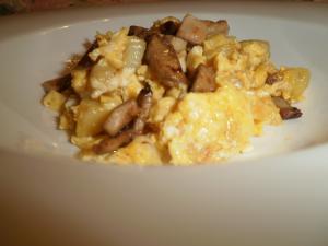 Huevos Revueltos Con Patata Y Foie